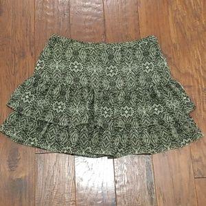 H & M layered green mini skirt